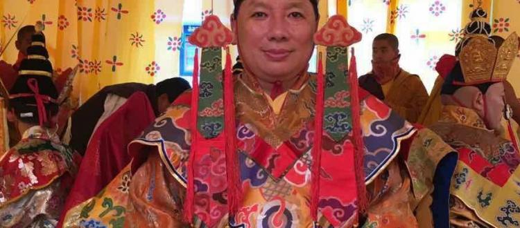 Zurmang Gharwang Rinpoche