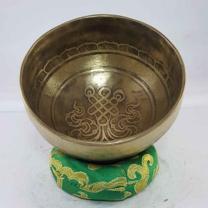 Carved Endless Knot singing bowl
