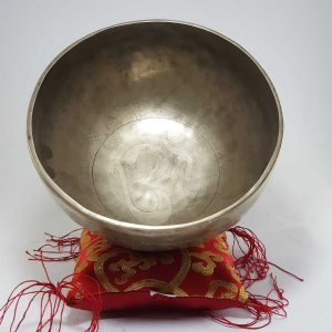 Therapeutic singing bowl